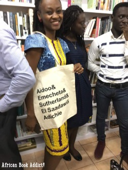 Abena aka: Bookwormingh - a favorite bookstagramer of mine, with her tote bag from Libreria GH!
